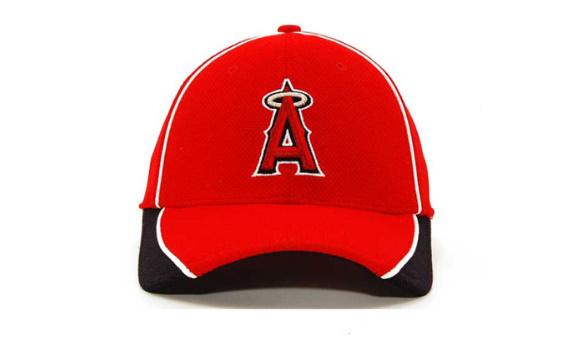 Besbol şapka eşitleri